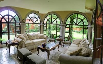 REBAJADO! Casa de 450 m2 con Lote de 820 m2, Ayarco Norte, Curridabat