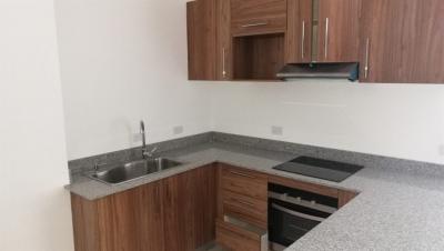 Apartamento en venta, en Curridabat, REF 3106