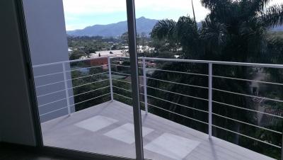 Apartamento en venta en Curridabat, Guayabos.- REF 3131