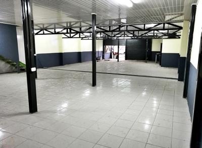 Local En Alajuela / Local de 500m 2 niveles en zona comercial, Trinidad.