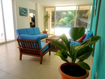 Casa amueblada en venta de 4 Habitaciones Ubicada en Quita Sombrero Puerto San José