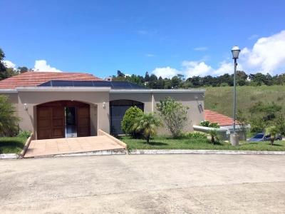 Hermosa Casa de 3 Hab. en Venta y renta en km 16.5 Carretera al Salvador