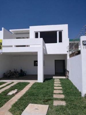 AlquiloGT Casa en Km16.5 CAES de 4HAB y 4PARQ