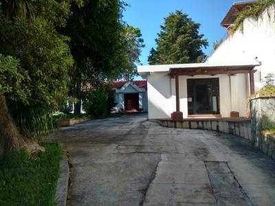 Preciosa casa con piscina y hermosa vista en Arrazola 2