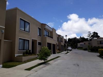Vendo Casa en Cumbres de la Arboleda Km. 21 Carr. a El Salvador