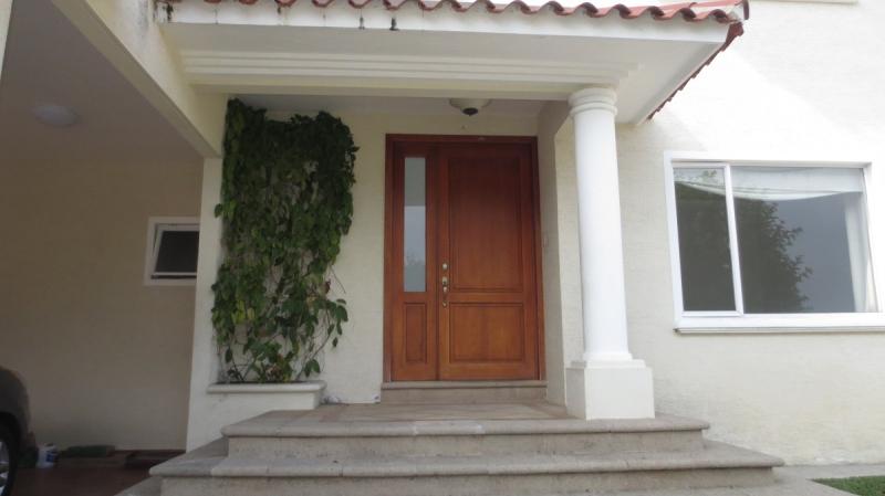 Hermosa casa en Portal del Bosque II