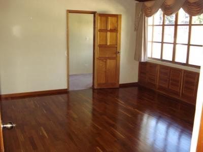 Casa Alquiler Hilltop $1,200