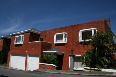 Vendo amplia casa 4 dormitorios km 14.5 Carretera a El Salvador, Excelente Ubicación!