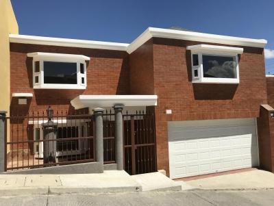 Vendo Casa Como Nueva 4 Dormitorios Km 14.5 Carretera A El Salvador, Excelente Ubicación!