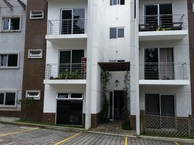 Apartamento en Villas Almoreto CAES