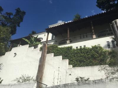 Casa de 484 m2 de construcción, en Venta Santa Catarina Pinula