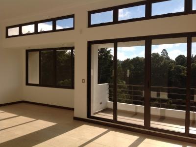 Casa de 230 m2 de construcción en Renta, Muxbal