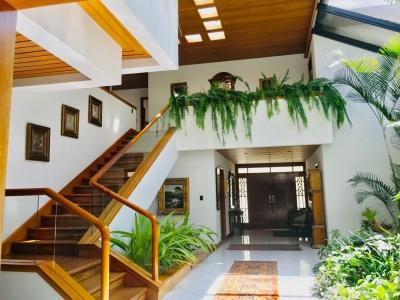 Vendo preciosa y amplia casa km 9 al Salvador, San Rafael