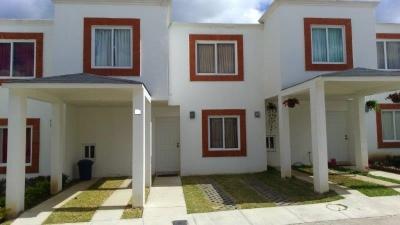 Casa a la venta en Lomas del Carmen II