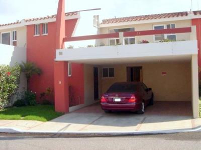 Casa de 3 Habitaciones en venta km 18.5 San José Pínula