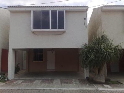 Bonita casa en Condominio La Providencia, a San Jose Pinula