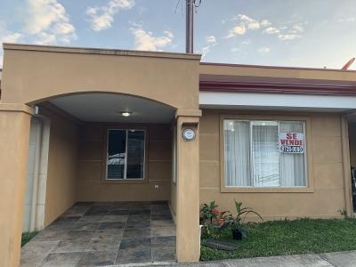 Alquiler de Casa en Condominio en Agua Caliente, Cartago.
