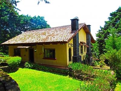 Casa en Los Ángeles de San Rafael de Heredia #1213