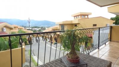 Casa en Condominio La Ribera de Belen