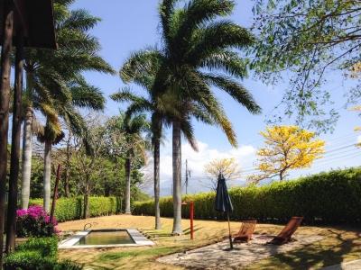 Preciosa Casa UNica propied 1350 m2 Piscina seg 24/7