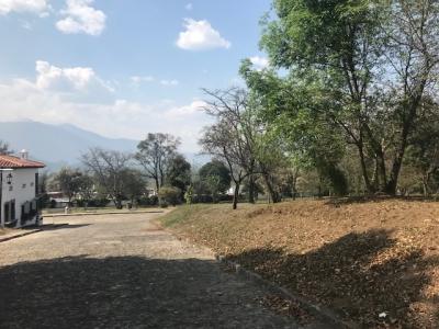 VENDO TERRENO TVF106 EN CONDOMINIO A 8 MINUTOS DE LA ANTIGUA GUATEMALA US$331,538