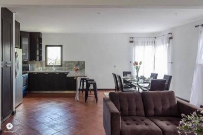 Casa en venta dentro de condominio ubicada en Antigua Guatemala