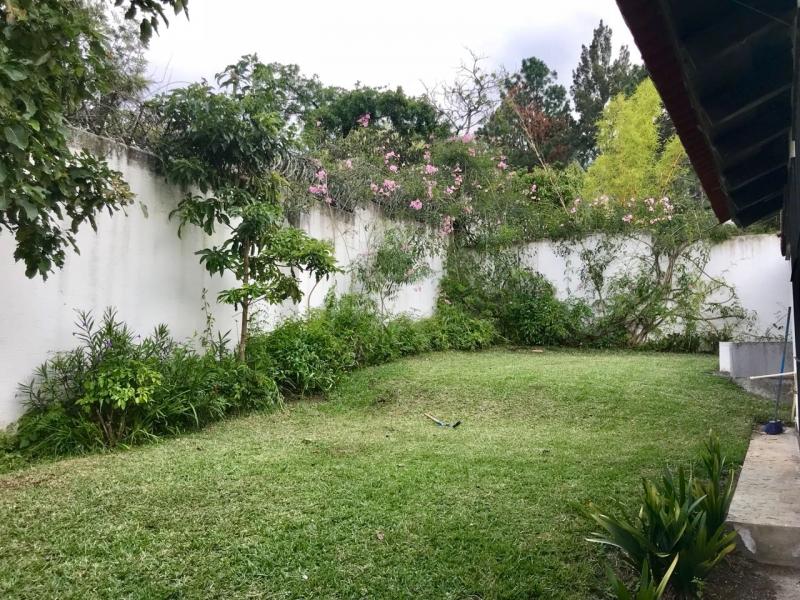 LINDA CASA A LA VENTA CVF190 EN SAN PEDRO EL ALTO A 8 MIN DE LA ANTIGUA GUATEMALA US$275,000