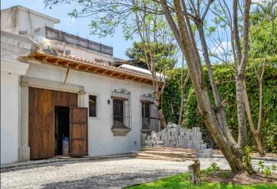 Casa en venta ubicada Antigua Guatemala / Condominio Katalina