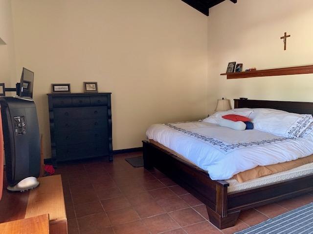 CASA A LA VENTA CV83 EN LA ANTIGUA GUATEMALA US$550,000