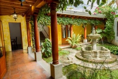 CASA A LA VENTA CV86 EN LA ANTIGUA GUATEMALA US$475,000