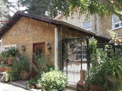 Jardines de Santiago, preciosa casa