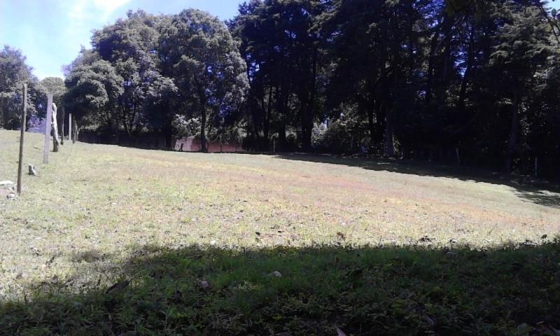 VENDO BELLEZA DE TERRENO (9,646 VRS²), SE UBICA EN EL CASCO URBANO DE SANTA LUCIA MILPAS ALTAS  LO QUE GENERA  ALTA PLUSVALÍA