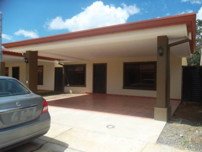 Vendo Casa en Condominio del Río en Liberia, Guanacaste
