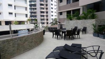 Comodo Apartamento en Punta Paitilla  vl  17-358  (667.63711)