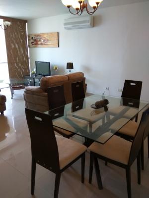Alquilo precioso apartamento súper bien ubicado TOTALMENTE AMOBLADO Y EQUIPADO