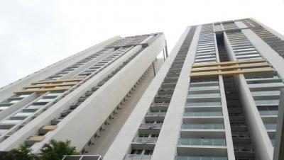 Alquilo Apartamento en Vía Israel 3 Recamaras #17-5382 **GG**