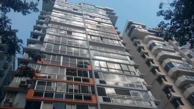 18-147 AF Se vende apartamento en Punta Paitilla