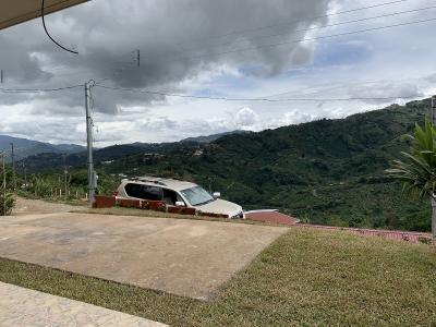 Venta de Casa en San Cristóbal Sur de Desamparados, San Jose.
