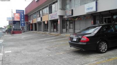 Locales Comerciales en Plaza Tibas