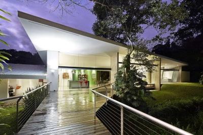 Casa Contemporánea con 4 Hab. y Bosque, San Ramon de Tres Rios