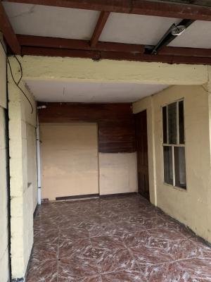 Venta de Casa con 2 Apartamentos en Concepcion de La Unión, Cartago.
