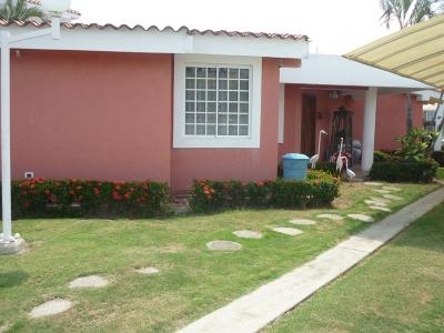 Casa en venta Urb. Puerto Encantado Higuerote Edo. Miranda