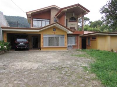 Casa retirada en Tablon del Guarco