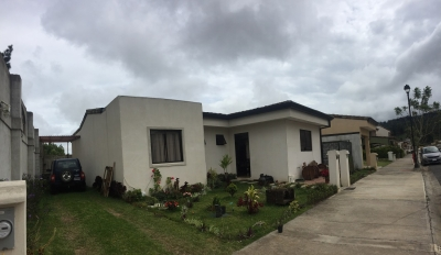 Venta de Casa en Condominio Tejar del Guarco, Cartago.