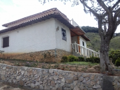 Hermosa Casa de Campo en Mérida, clima de montaña y espectacular vista al Sierra Nevada