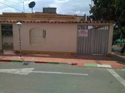 Casa en arriendo en el barrio Claret (Cucuta)
