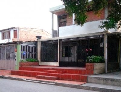 Casa Multifuncional, Para Vivienda y Negocio x Natilam