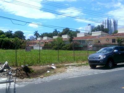 ID7157 Lote Residencial, 3,940 mts2, Altos del Golf R1A
