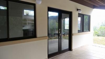 Casa en Venta en Panama, Los Altos de Cerro Azul Nueva por Estrenar con Lindos Acabados y 2,100 Mts2 de lote!
