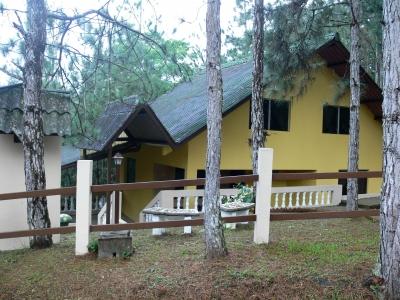 Casa en Venta en Panamá Altos de Cerro Azul de 4 Recamras y 1,127 Mts2